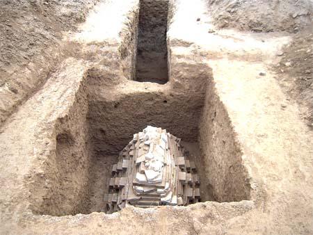 古墓土层结构图解