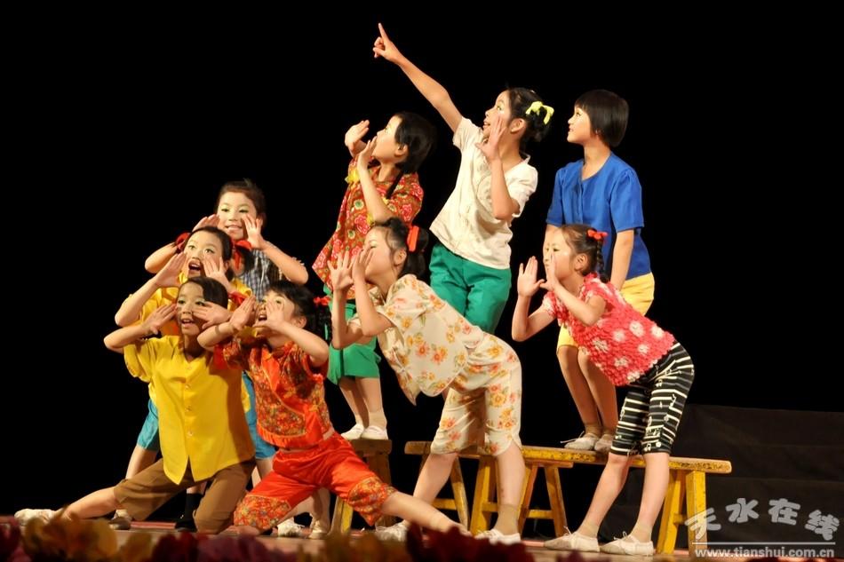 情景剧《遥远的爸爸妈妈》表演单位:武山县滩
