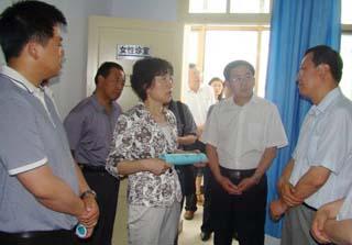 人口和计生委-省人口委主任苏君督查-秦安