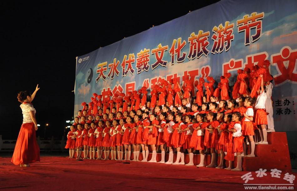 童声合唱《红星歌》《卢沟谣》 南街小学