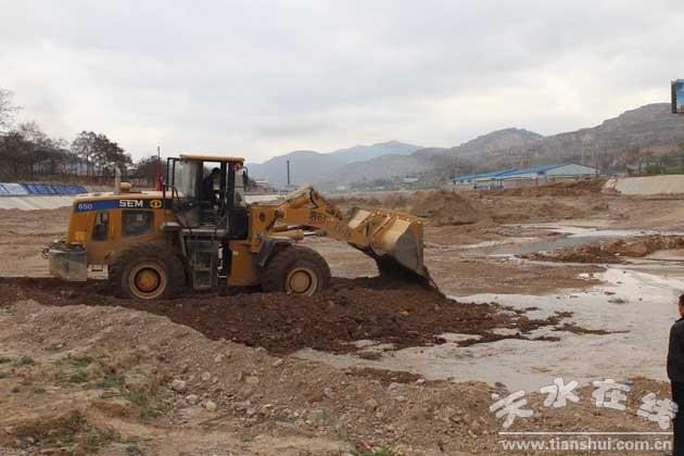 河道清淤疏浚工作
