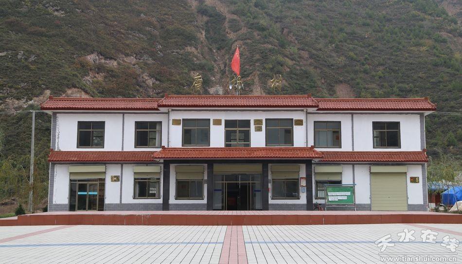 与产业兴村相结合的原则,已建成各类新村122个,新修砖瓦房和砖混结构