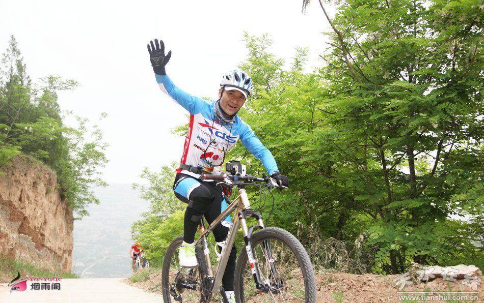 届环烟铺樱桃园山地自行车骑行活动掠影图片
