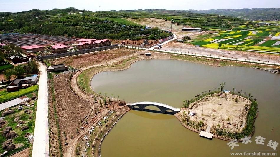 长沙浪里镇在哪里_其中,由甘肃浪马滩农业生态公司流转土地1980亩,建设占地150亩的生态