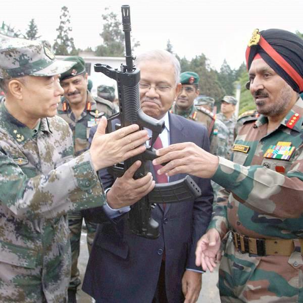 中印边界对峙视频流出 印军大叫让解放军后退