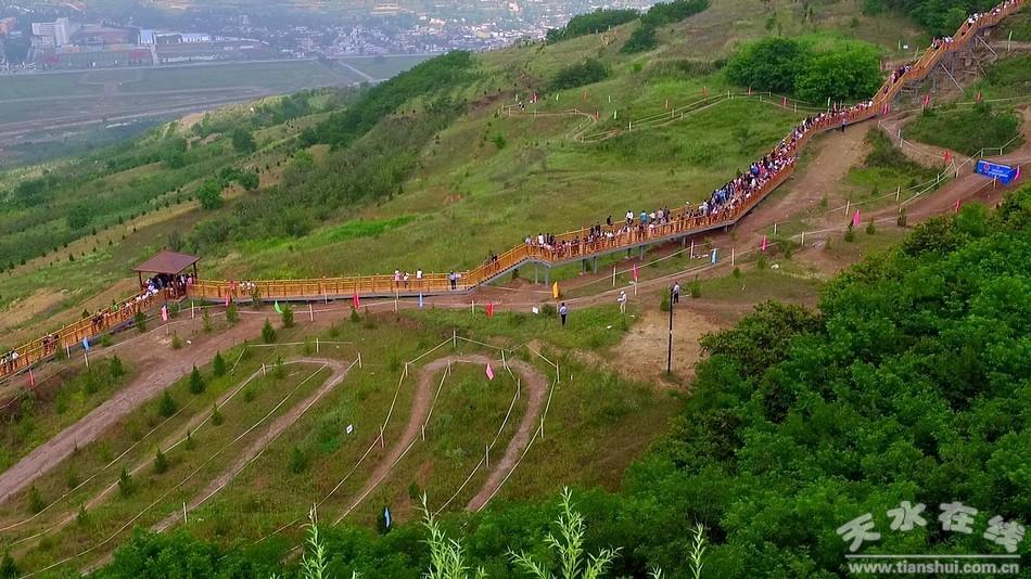 天水在线航拍2016年全国山地自行车冠军总决赛(图)
