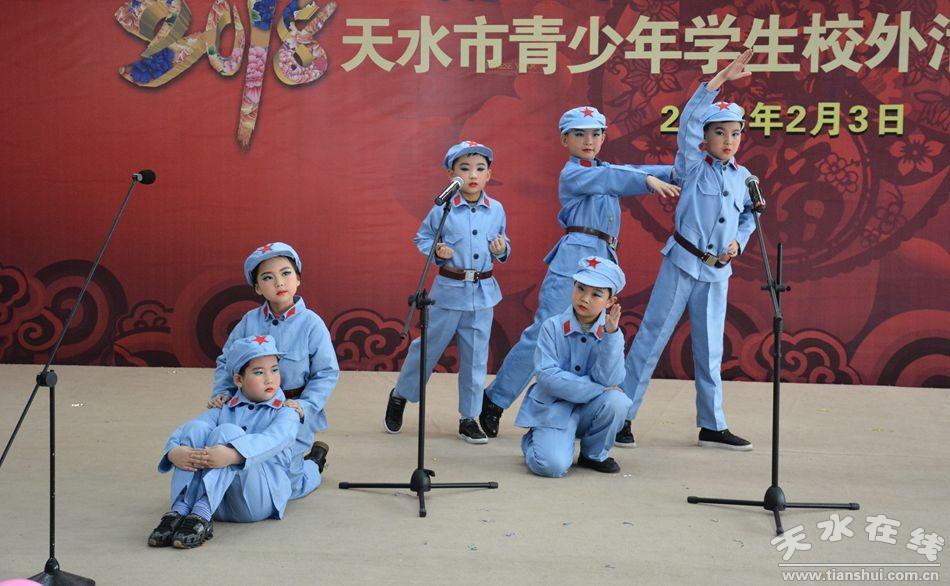 小合唱《弹起我心爱的土琵琶》 表演:声乐大班)-天水市青少年活