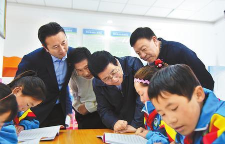 省委书记林铎在临夏甘南调研