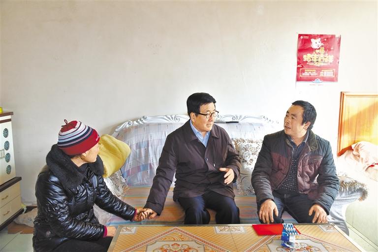 省委书记、省人大常委会主任林铎在临洮调研
